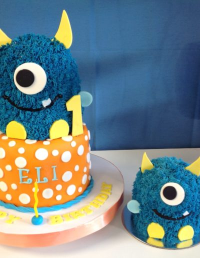 Cookie monster birthday cake smash cake