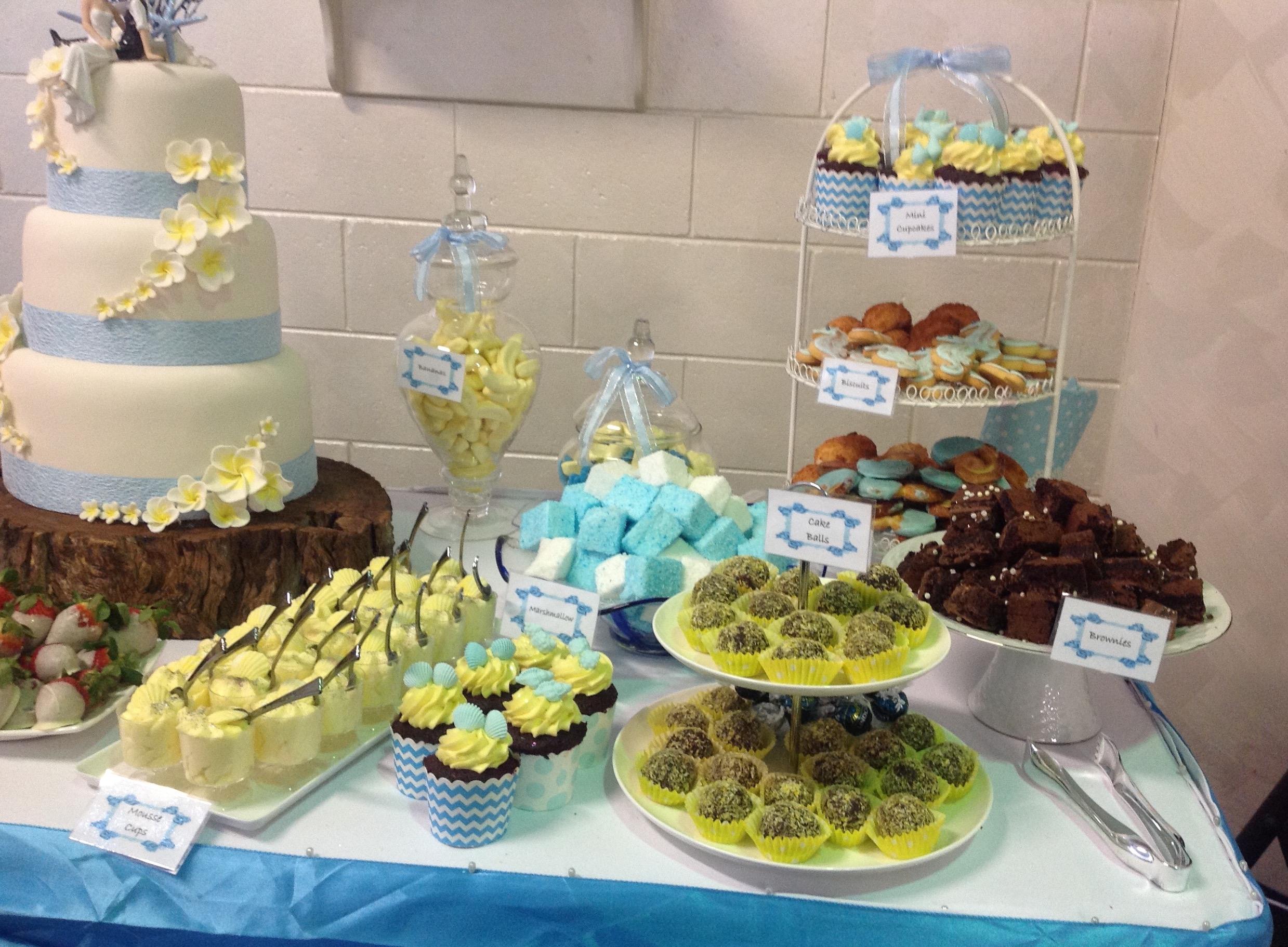 wedding cake lolly buffet