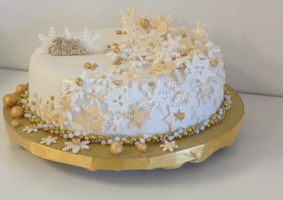 Christmas cake Mackay white gold